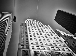 Looking up in NY  #Newyork #nyc #newyorkcity #manhattan #Photo #Photography #Travel #travelgram #trip #iloveny #ilovenyc #newyorkphoto #instacool #instanewyork #mynyc #bigapple #Architecture #archilovers #thebigapple #igers #newyorknewyork #narcitynewyork | by Mario De Carli