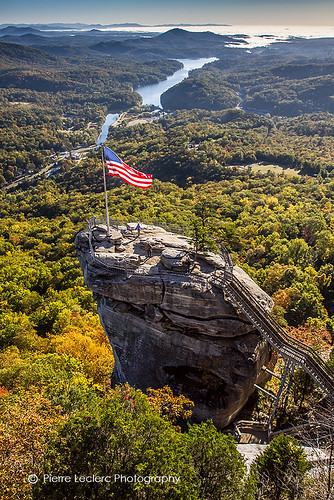 statepark autumn usa mountains fall monument nature rock season landscape scenic northcarolina americanflag eastcoast mountainrange appalachians chimneyrock pierreleclercphotography
