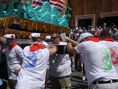 日, 2013-07-14 14:25 - 船を担ぐ男たち