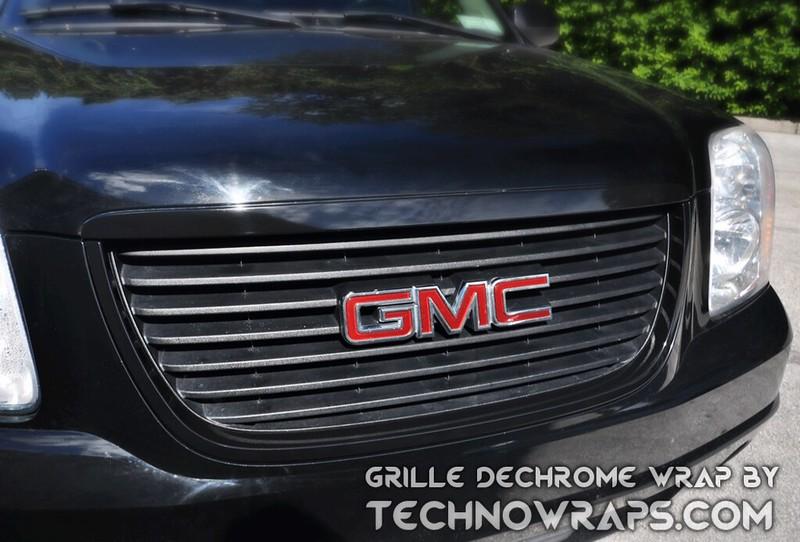 Color change wrap to dechrome car grille