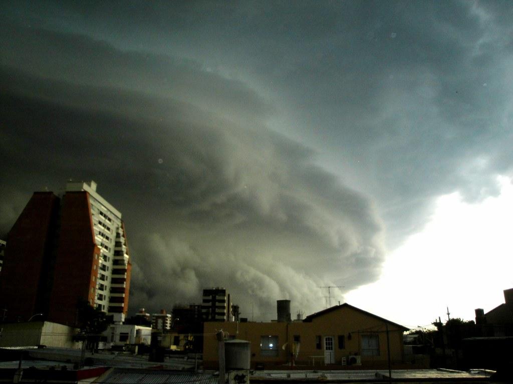 Tormenta sobre la ciudad de Río Cuarto (Córdoba) | jrtcacho | Flickr