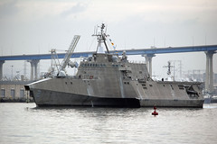 USS Independence (LCS 2) departs San Diego, Jan. 30. (U.S. Navy/MCCS Donnie W. Ryan)