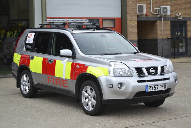 RY57 PFU Nissan X Trail FCV TAG Farnborough Airport Rescue & Firefighting Service