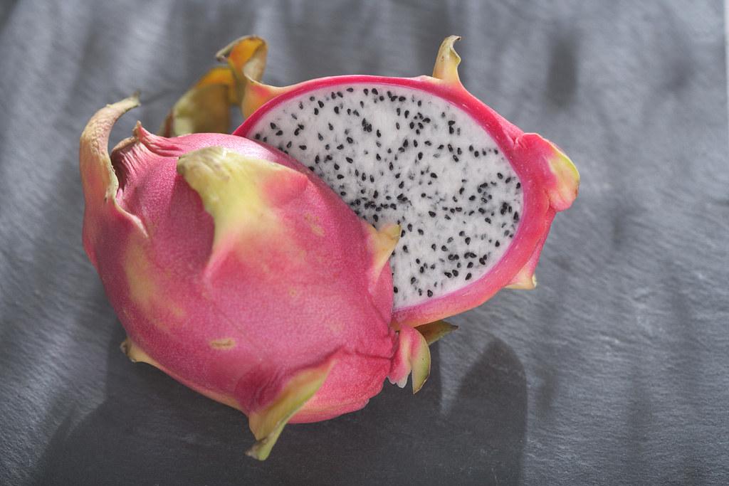 Dragon fruit (Pitaya) | The pitaya is resting on a slate pla… | Flickr
