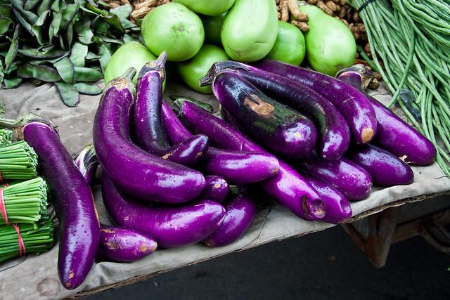 茄子 / Eggplants / Баклажаны