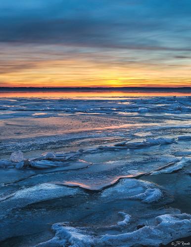 winter snow ice water clouds sunrise virginia maryland potomacriver 1740l cs6 leesylvaniastatepark lr5 5dii jpbenante