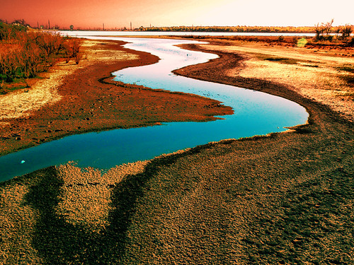 blue sunset red sky lake water salt lacusarat