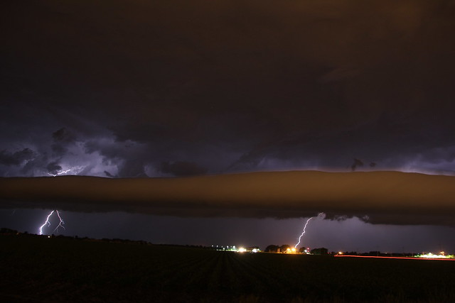 061113 - Strong Late Night Nebraska Shelf Cloud~!