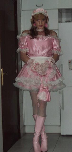 245. Pink sissy maid with pink sissy bag