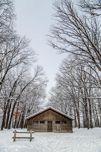 Illini Grove shelter