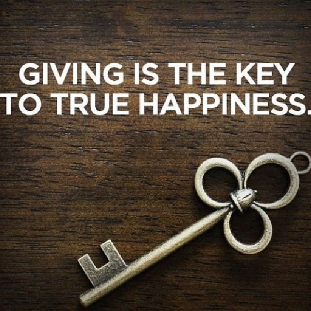 Giving Is The Key To Happiness Words Quotes Thought Flickr