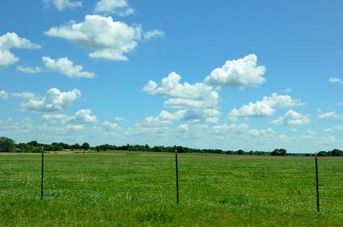 sky field clouds fence landscape farm background missouri ozarks beautifulday 2016 lacledecounty