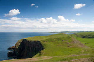 Looking over Kirk Hill back towards St. Abbs | by Bob G2007