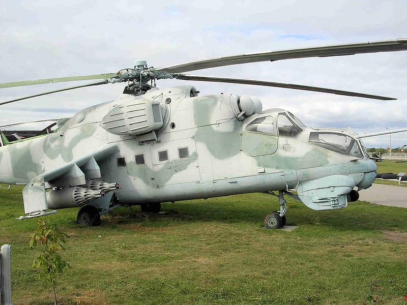 Mi-24 Hind (1)