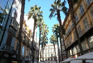 Rue piétonne de Malaga, Andalousie   by Jeanne Menjoulet
