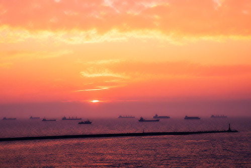 sunset sea sky bay ship taiwan olympus kaohsiung 夕陽 高雄 西子灣 em1 英國領事館 britishconsulate sizihwan anawesomeshot 1240mmf28