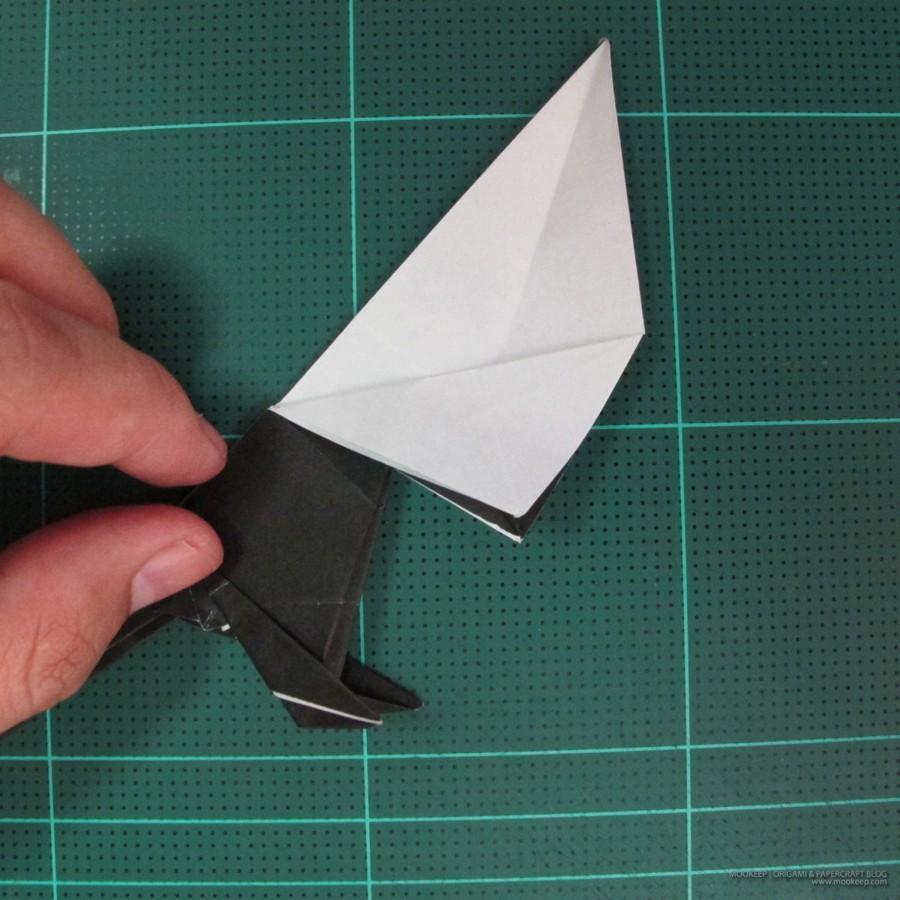 วิธีการพับกระดาษเป็นรูปจิงโจ้ (Origami Kangaroo) 023