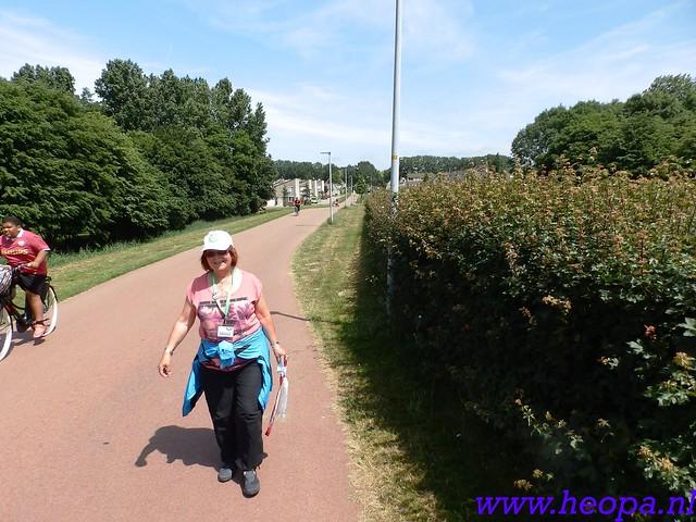 b 2016-06-08          Dag 02                  Almeerdaagse   15 Km  (37)