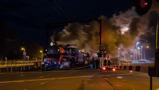 Steam train at Pakenham