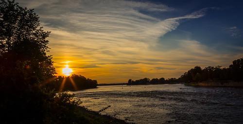 sunset canada canon montréal quebec montreal couchédesoleil 6d canonef24105mmf4lisusm rivièredesprairies canon6d lîlebizard parcilebizard photomakak