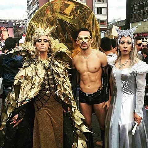 gay incontri Quito