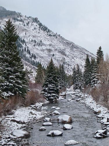 winter snow river colorado eagleriver lionshead