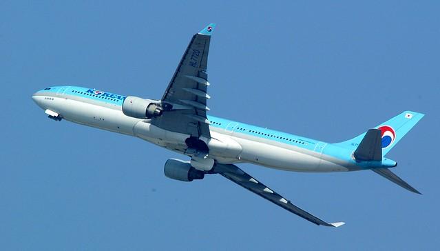 Shanghai - Korean Air Airbus 330-323X