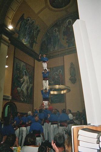 065. Pilar a l'Església, 2004 | by Cargolins