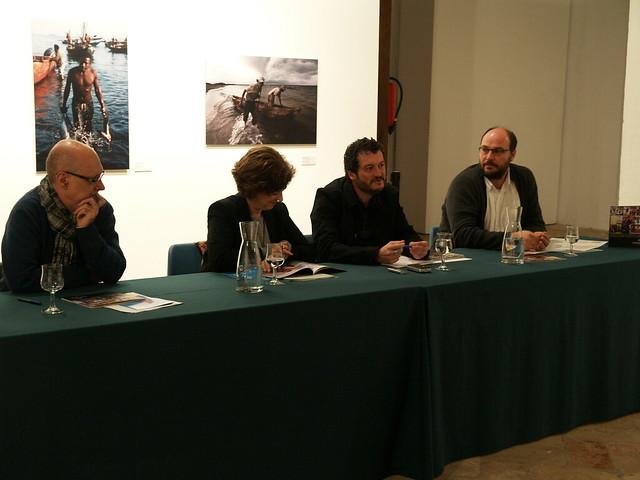 Rueda de prensa de la exposición ÁFRICAS: GENTES, TIERRAS Y REALIDADES con Alfons Rodríguez, autor.