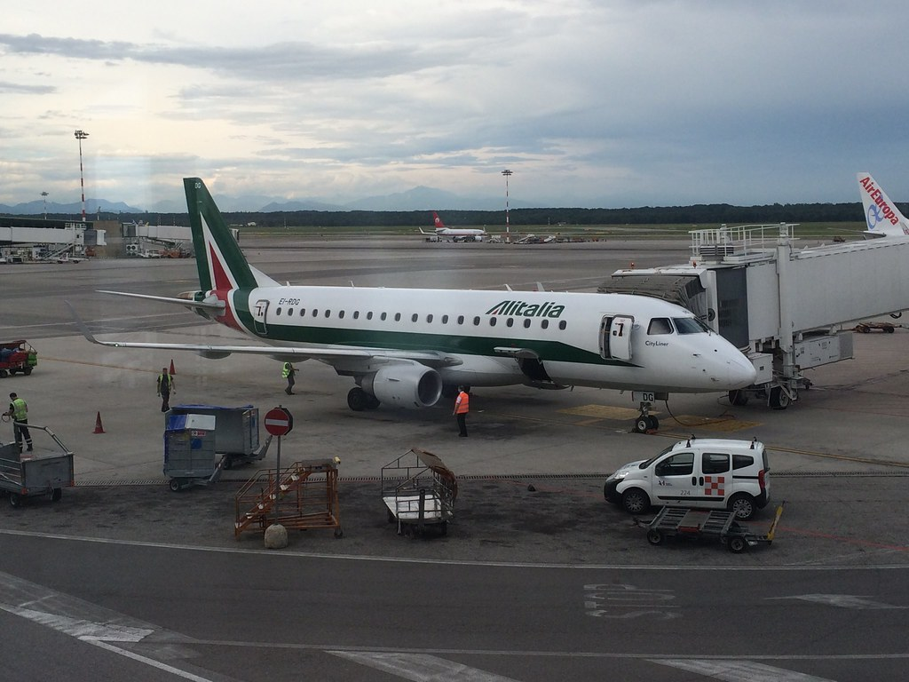 18:42:37 EI-RDG Alitalia Cityliner Embraer ERJ 170-200 LR (ERJ 175), MSN 17000338, Built in 2012 (4 years)