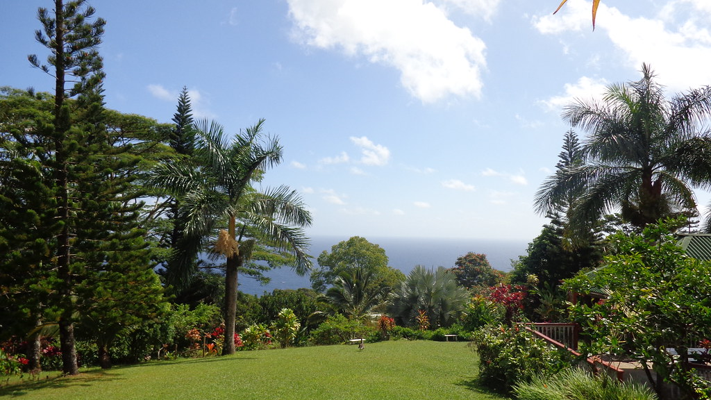 Heaven Is A Place On Earth At The Garden Of Eden Maui Ha Flickr