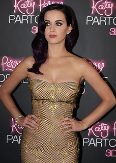 426px-Katy_Perry_8,_2012 | by C. Creative
