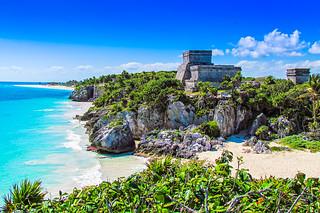 The seaside view of Mayan El Castillo ruins at Tulum | by Iztok Alf Kurnik