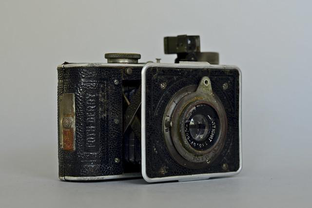 Derby (type 3B) C-F-Foth & Co (Berlin) 1935 lens 77315 (Foth 24) 7