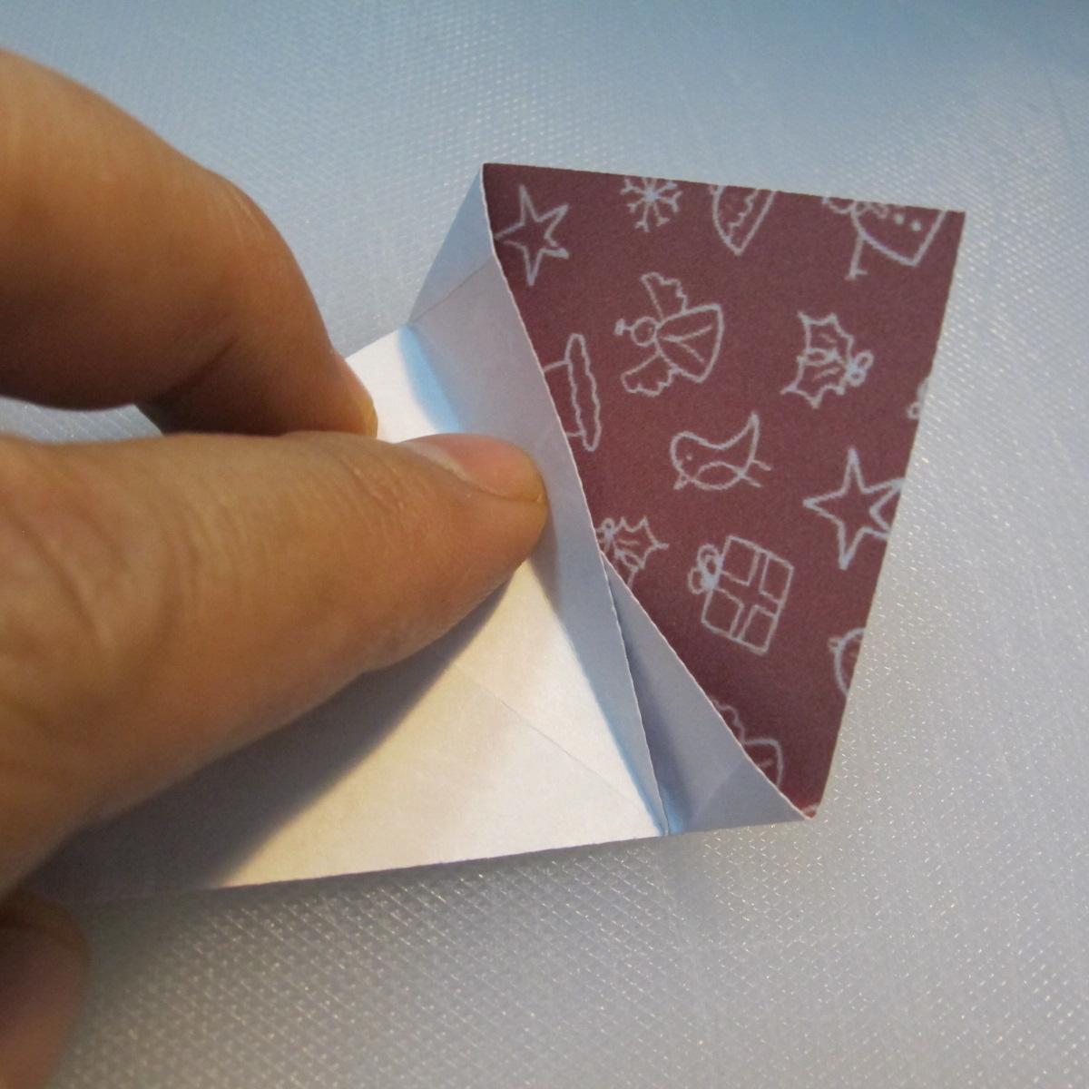 วิธีพับกระดาษรูปหมวกซานต้า 010