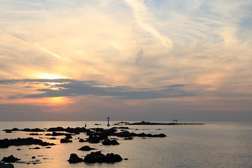 sunset sea rocks cloudy torii softcolors