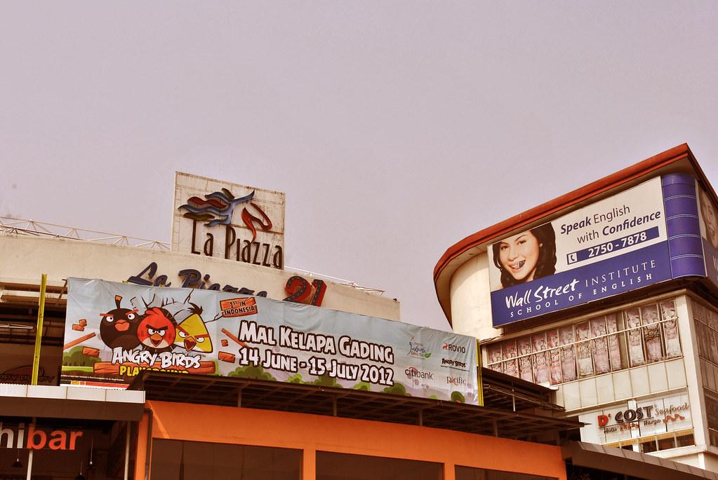 La Piazza Kelapa Gading