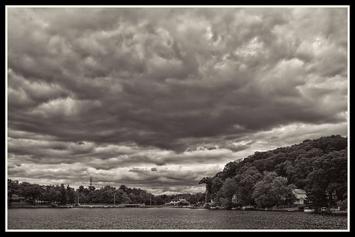 cloud lake cloudy indianlake atx124afprodx tonalcontrast tokina1224dxii topazdetail topazbweffects