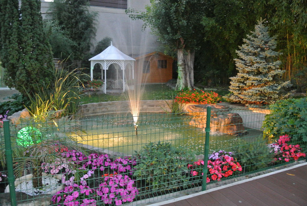 Grand bassin et gloriette la nuit tombante au jardin des s flickr - Grand bassin de jardin ...