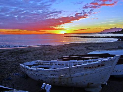 sunset españa sol atardecer mar spain europe day andalucia nubes costadelsol puestadesol málaga marbella pwpartlycloudy