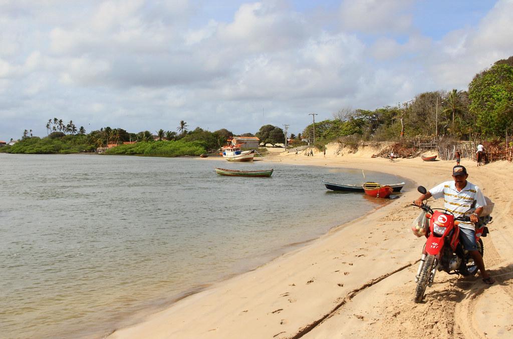 Paulino Neves Maranhão fonte: live.staticflickr.com