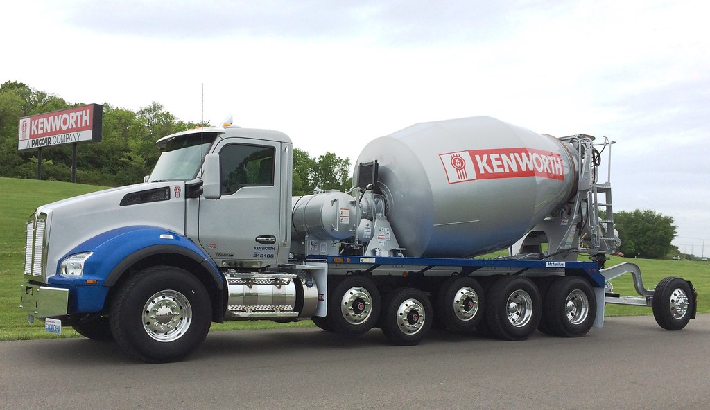 Kenworth - T880 Mixer w PACCAR MX-11 1 | This Kenworth T880