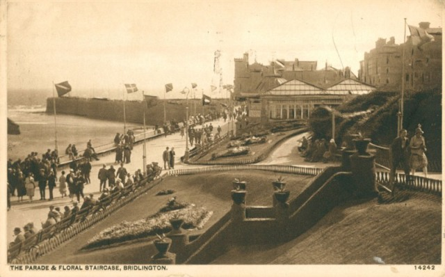 Princes Parade and Floral Staircase, Bridlington, c.1932 (archive ref PO-1-20-94)