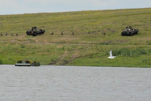ато війна бтр мі24 сау зсу механізована бриигада акація тунгуска бпла полігон армія військовослужбовці пехота всу