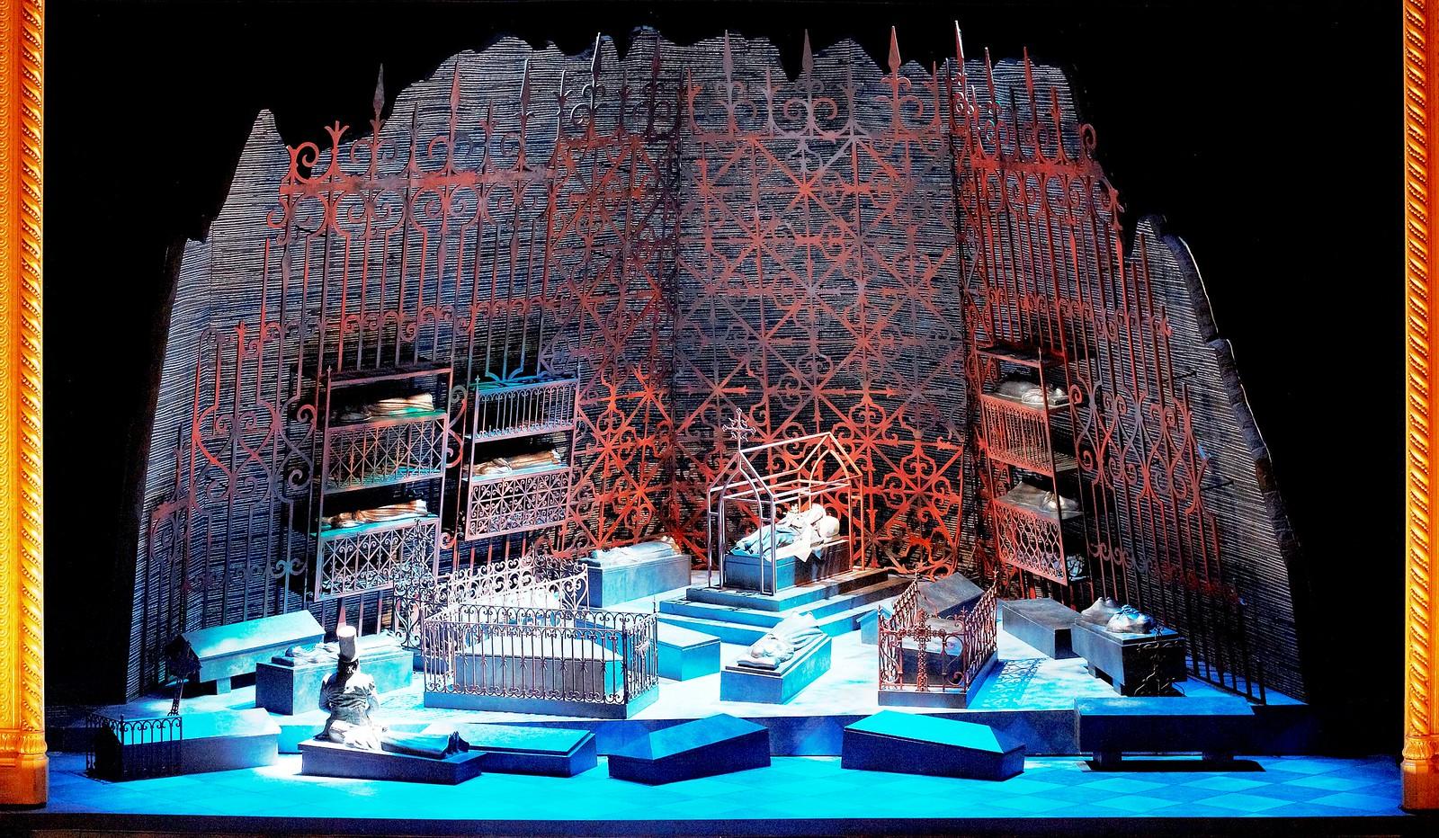 Royal Opera House - Robert le diable Act III Crypt Set