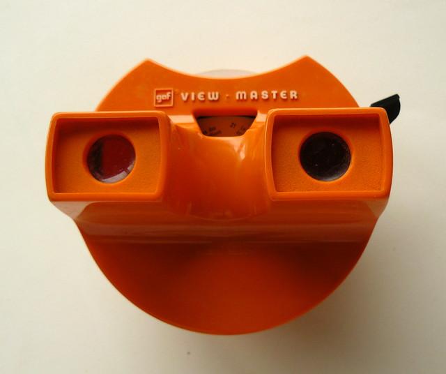 Avant les DVD et les jeux vidéo .... le stéréoscope view-master.