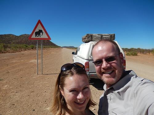 Opuwo naar Sesfontein - pas op olifant