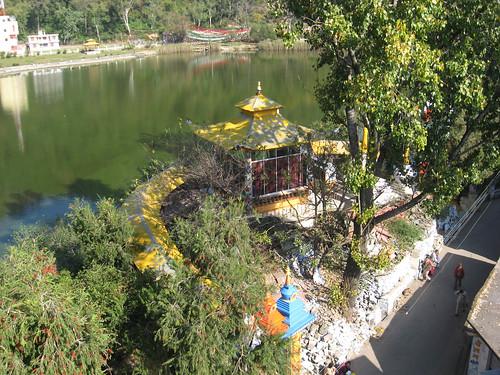 india lake town buddhist sikh hindu pilgrimage himachalpradesh rewalsar religiousplace theindiatree