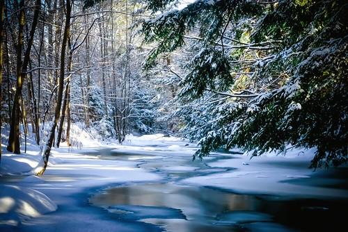 longexposure snow newhampshire nh slowshutter lakesregion gunstockbrook townofgilford