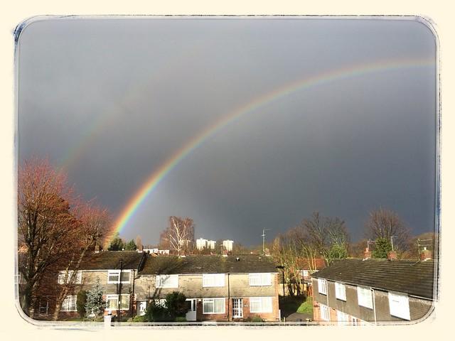 Après la pluie vient l'arc en ciel